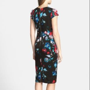 Betsey Johnson Dresses - Betsey Johnson Floral Cap Sleeve Stretch Dress